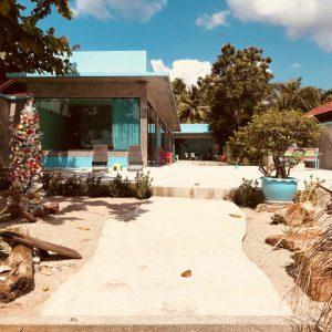 Beachfront Villa + Apartment - Baan Tai