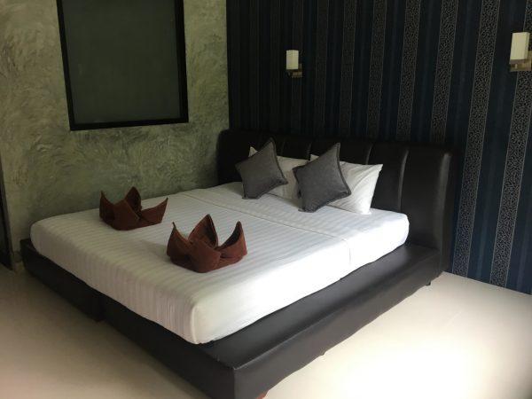 Huge Beachfront Resort-Resort-Baan Tai-koh-phangan-real-estate-development-investment-program-thailand-construction-building-villa-house-for-rent-for-sale-business-lease-hold
